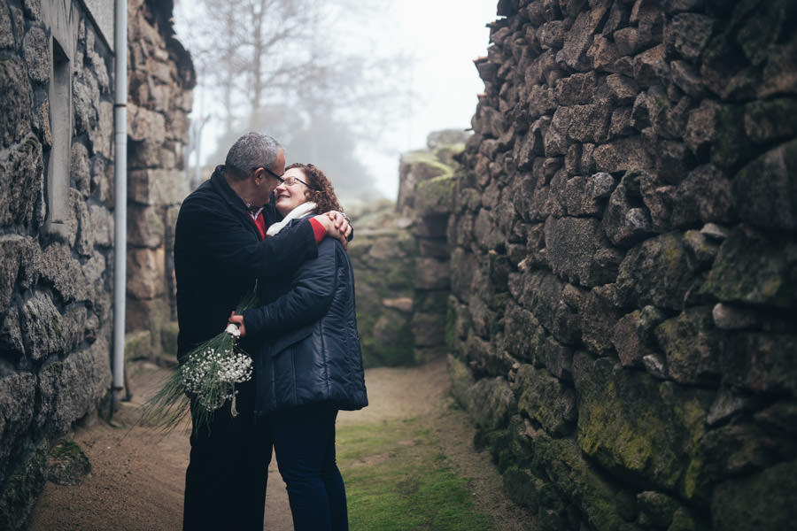 love is forever engagement session fog rural countryside silver golden diamond wedding destination chaves winter