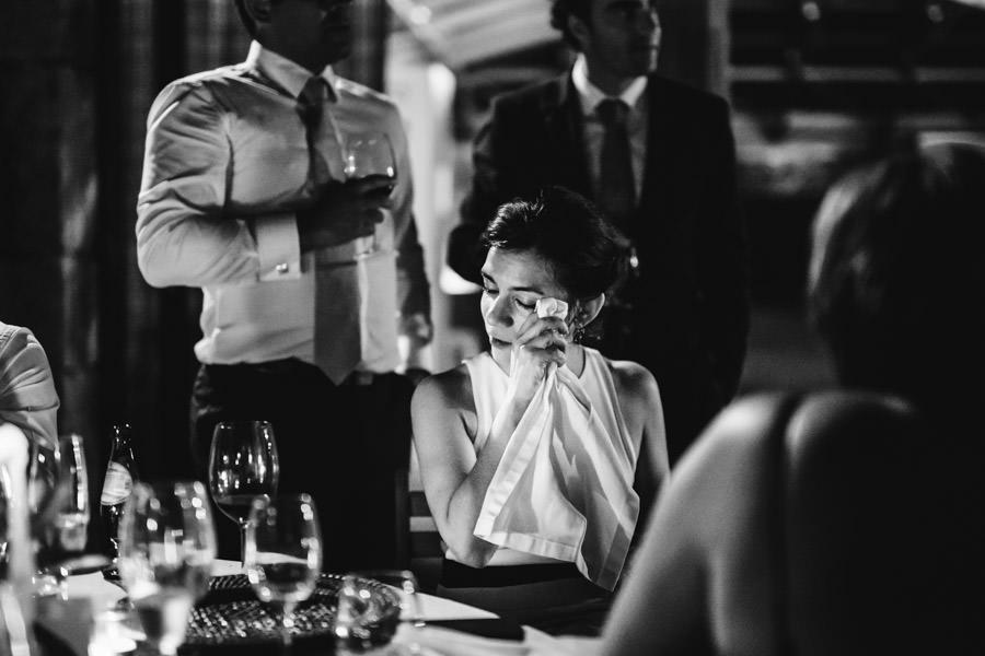 casamento quinta da torre lanhelas minho portugal fotografia emotiva fumo cor jantar exterior