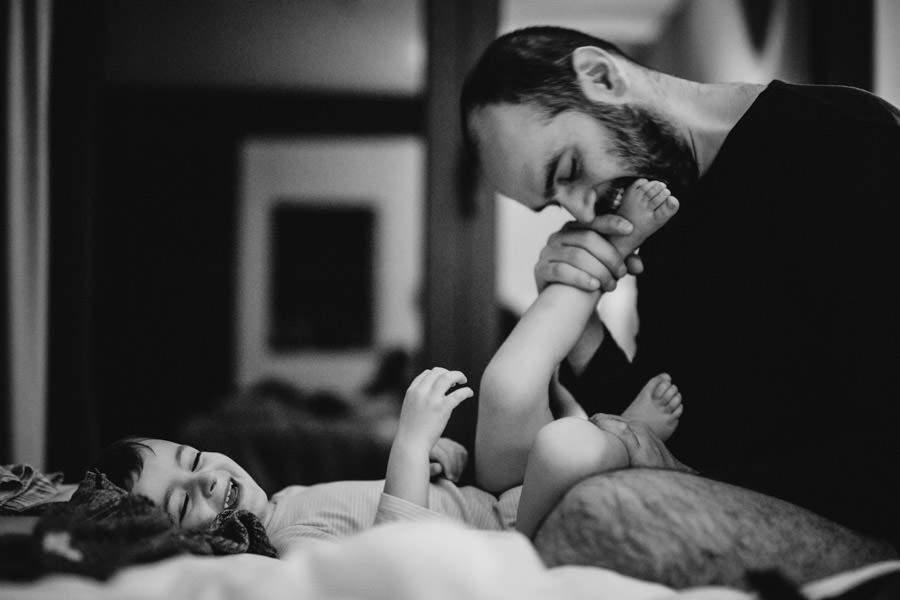 family photography pregnancy children portrait photojournalism intimacy memories unforgettable moments