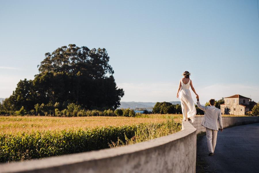 casamento no quintal bosque floresta natureza ar livre fotojornalismo santo tirso fotografia informal