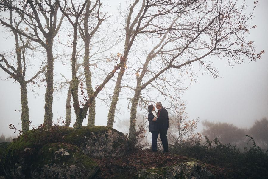 renovacao de votos sessao namoro nevoeiro bodas prata ouro casamento chaves tras os montes inverno